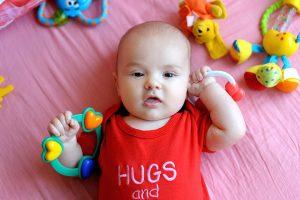 bebelus de 3 luni