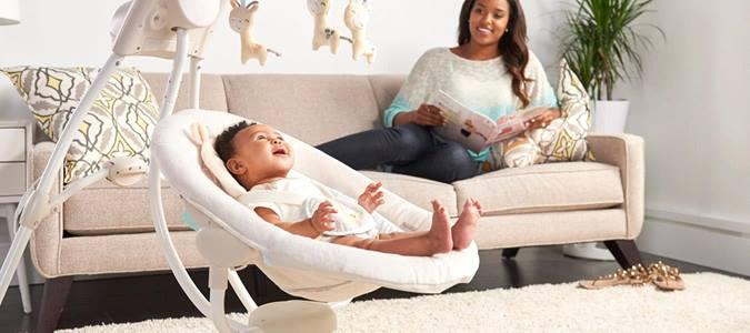 Când poate trece bebelușul de la leagăn la pătuț?