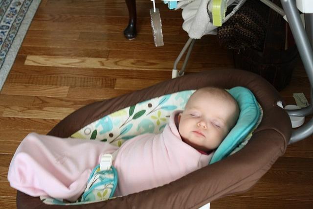 bebelus somn linistit