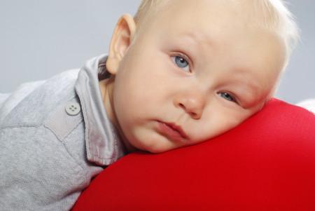 bebelusul este obosit