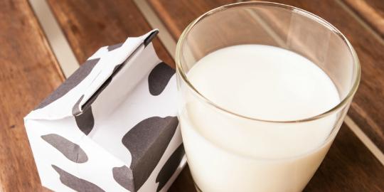 De la ce varsta poate un nou-nascut consuma lapte de vaca?