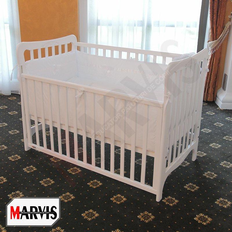 Patut bebe alb din masiv