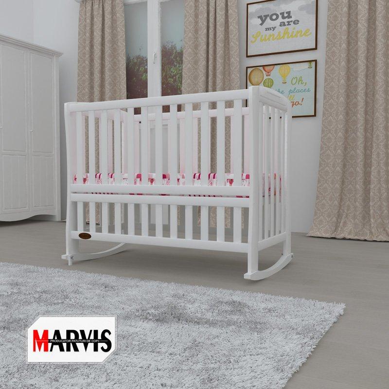 pat pentru bebelusi din lemn