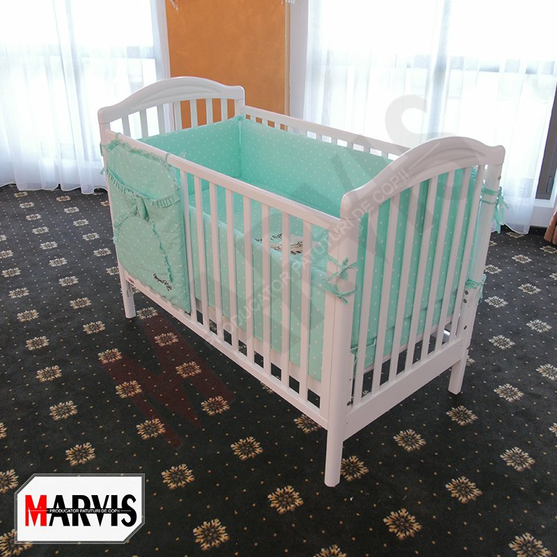 Patut din lemn pentru bebelusi / copii Larisa alb
