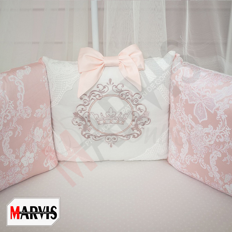 Lenjerie roz