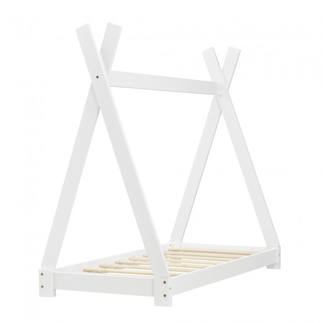 pat cort alb din lemn